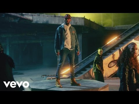 Chris Brown Ft Gucci Mane y Usher – Party (Official Video)